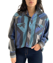 Load image into Gallery viewer, Vintage Soft Thick Wrangler Button Up