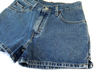 Load image into Gallery viewer, Ultra Stonewash Levi's Shorts