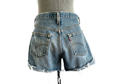 Load image into Gallery viewer, 1990s Levi's 501 Cutoff Shorts