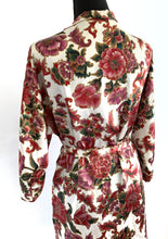 Load image into Gallery viewer, Vintage Silky Floral Robe