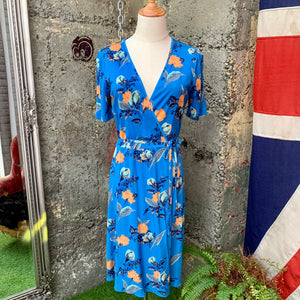 DIANE VON FURSTENBERG FLORAL SHORT SLEEVED FLARED WRAP DRESS