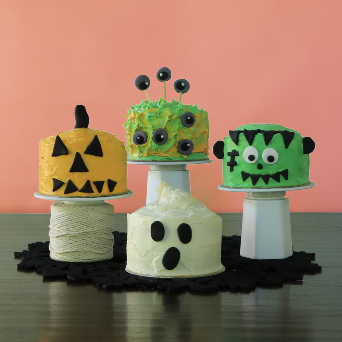 Easy Halloween Mini Cake Decorations