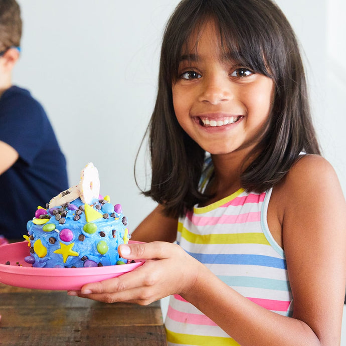 How to throw the best kids baking party