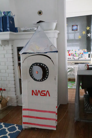DIY space rocket box