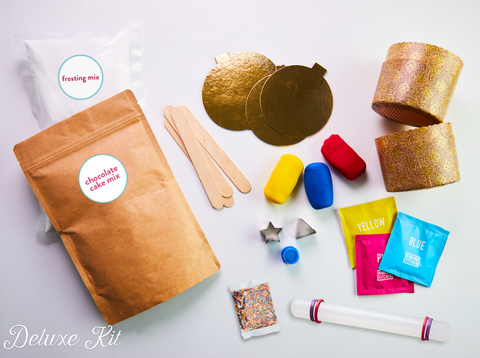 Mini cake kit - what baking tools and cake decorating tools are included.