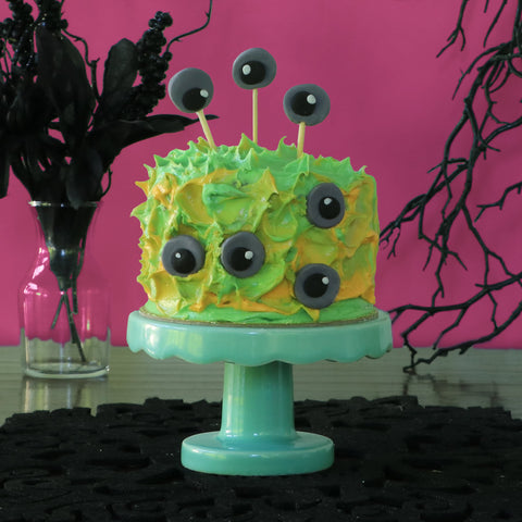 Monster Mini Cake for Halloween cake decorating