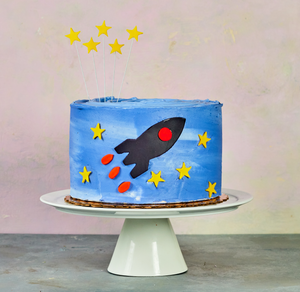 Rocket cake kit with smooth frosting
