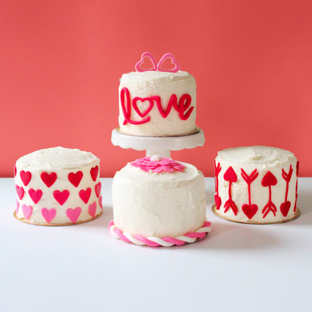 Valentine's Day Mini Cakes