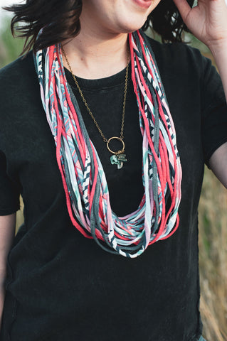 Dona Bela Shreds - Fashion Scarf Necklace