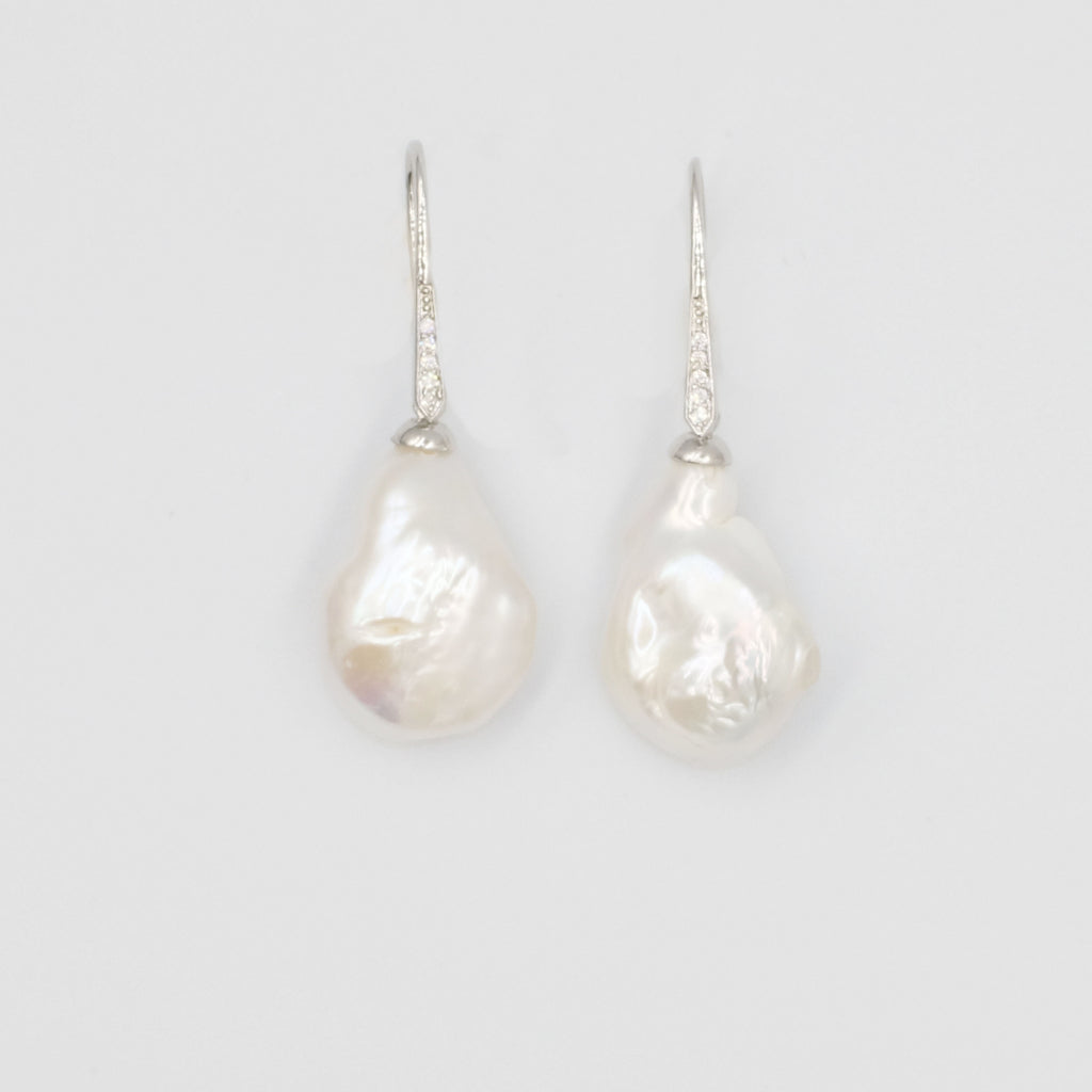 Baroque Dangling Pearl Earrings - Aniya Jewellery