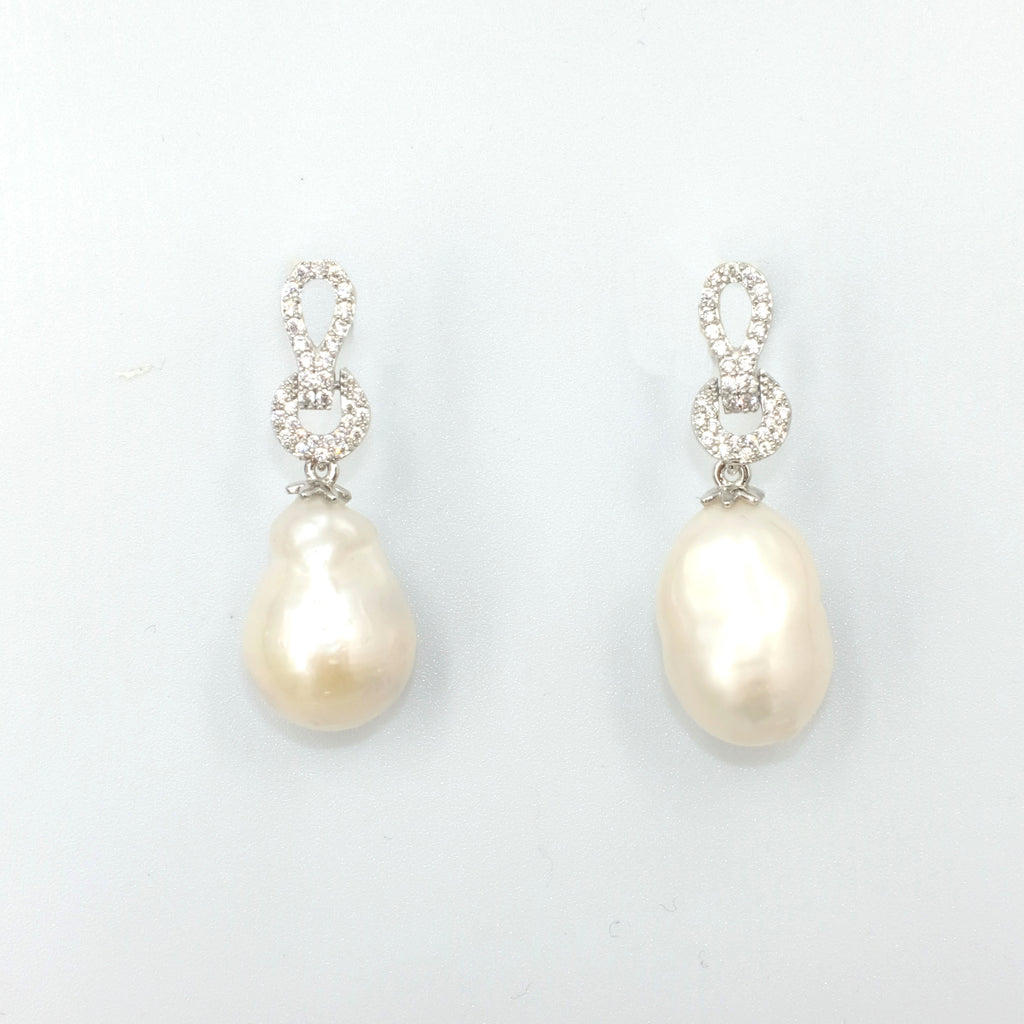Konohana Baroque Dangling Pearl Earrings - Aniya Jewellery