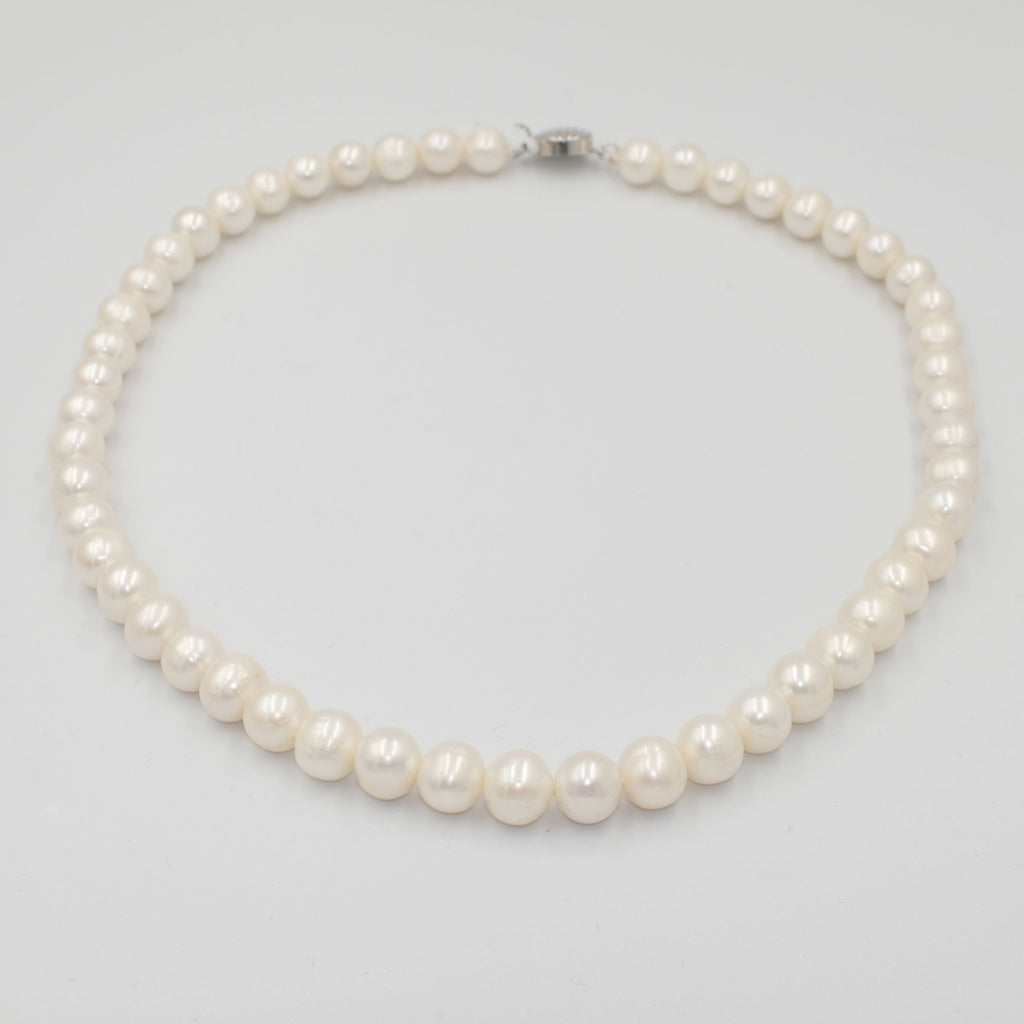 Single Strand Round Freshwater Pearl Necklace 8mm