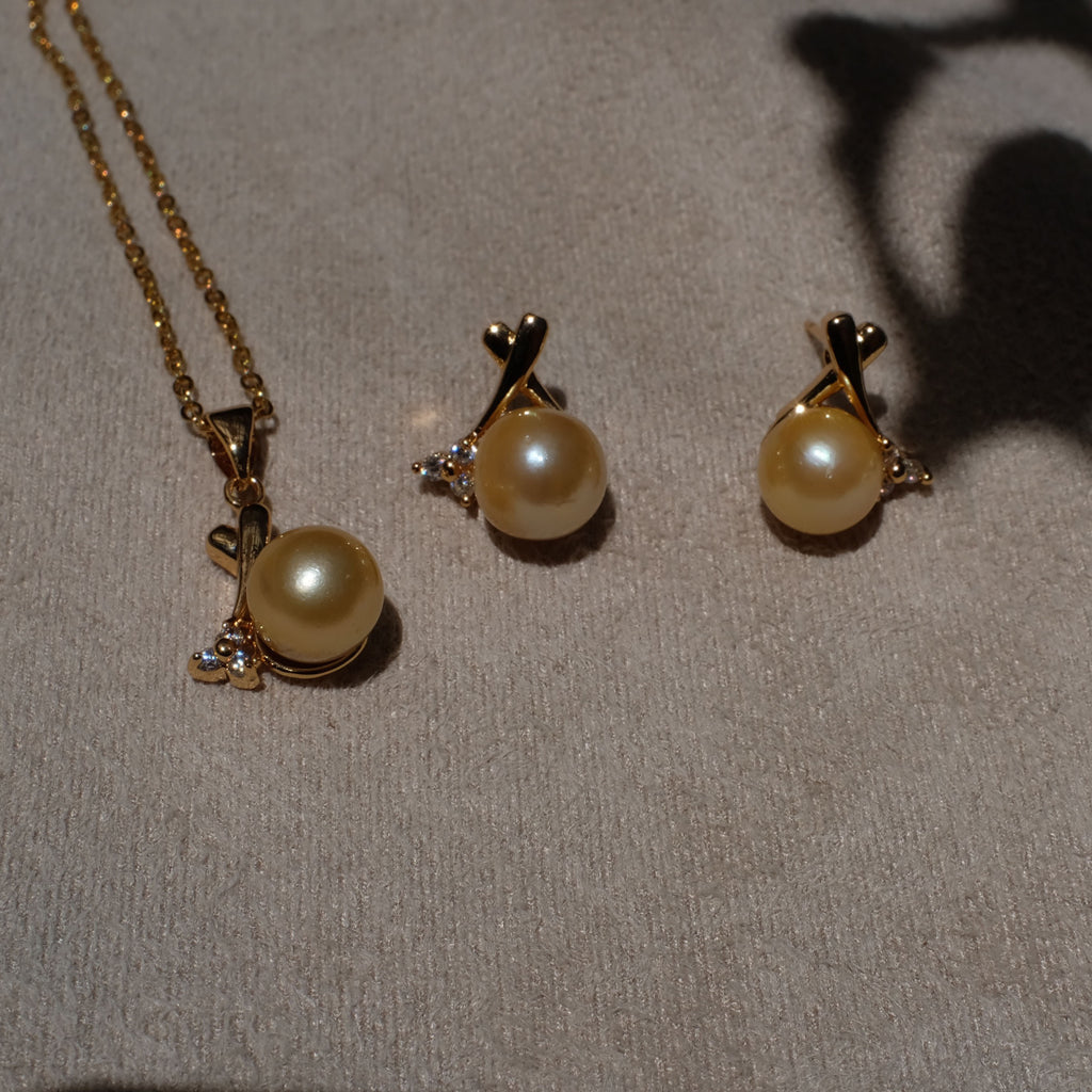 Lara Golden South sea Pearl gift sets