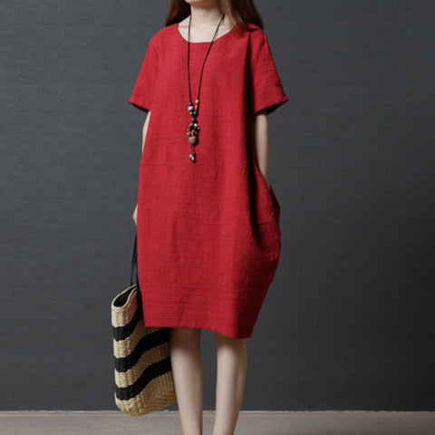 Loose large size pocket dress