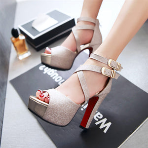 Exclusive ¡Sexy woman Peep Toe High Heels Ready for Party!
