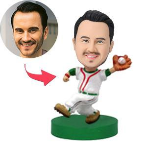 Custom Baseball Player Catching the Ball Bobbleheads