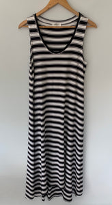 MELA PURDIE Beautiful striped Amazing Cut Maxi Midi  Dress Size M