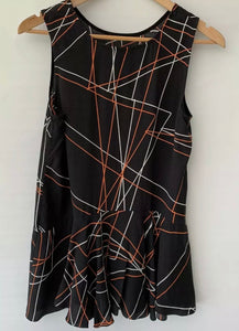 (Preloved) VERY VERY amazing Printed Sleeveless Rayon Tip Blouse Size 8 10