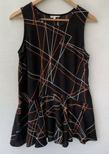 Load image into Gallery viewer, (Preloved) VERY VERY amazing Printed Sleeveless Rayon Tip Blouse Size 8 10