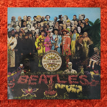 Load image into Gallery viewer, (beatles) | The Beatles [Sgt. Pepper's Lonely Hearts Club Band] '70s UK Press