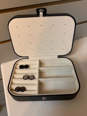 BLACK RECTANGULAR JEWELRY CASE
