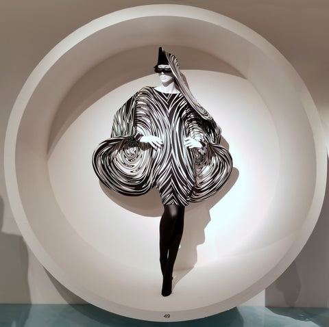 B&W swirly circles dress by Pierre Cardin at SCADFash