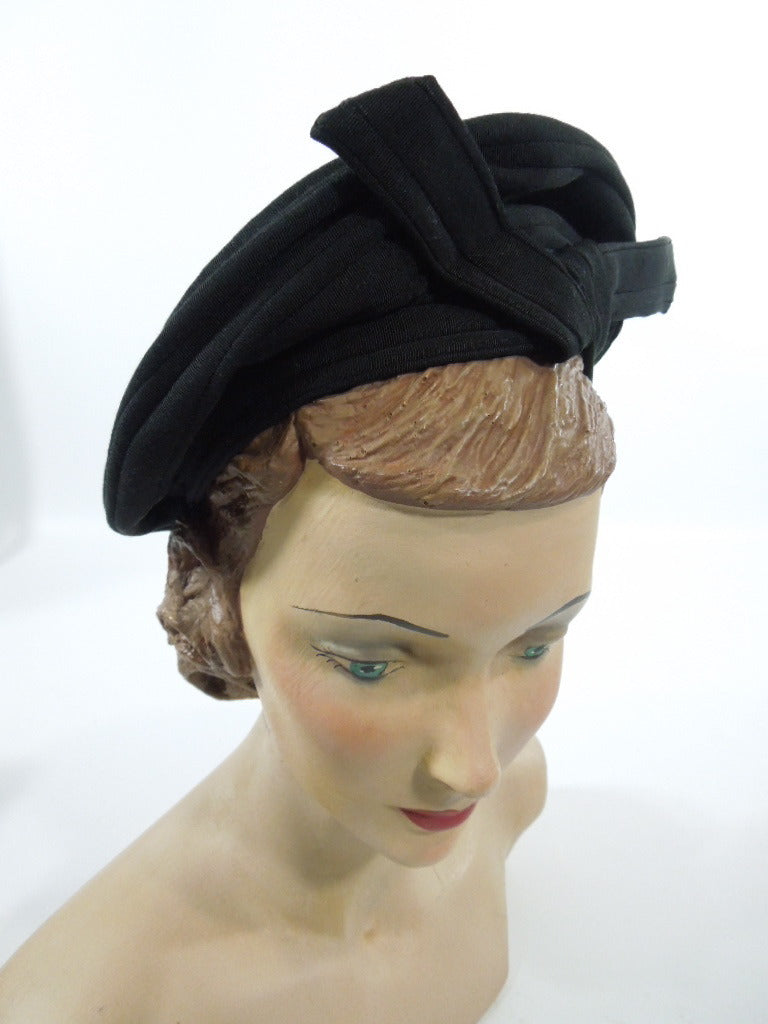 "40s ""Brighton of California"" Black Grosgrain Beret Hat"