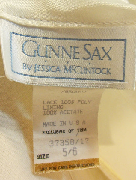 80s Gunne Sax White Lace Dress - labels