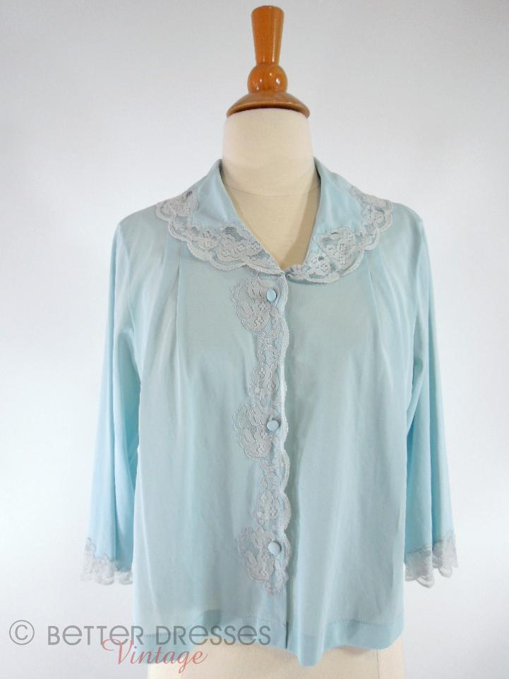 60s/70s Bed Jacket in Light Blue
