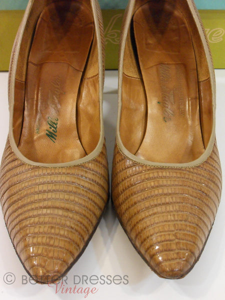 50s Alligator Pumps - interior