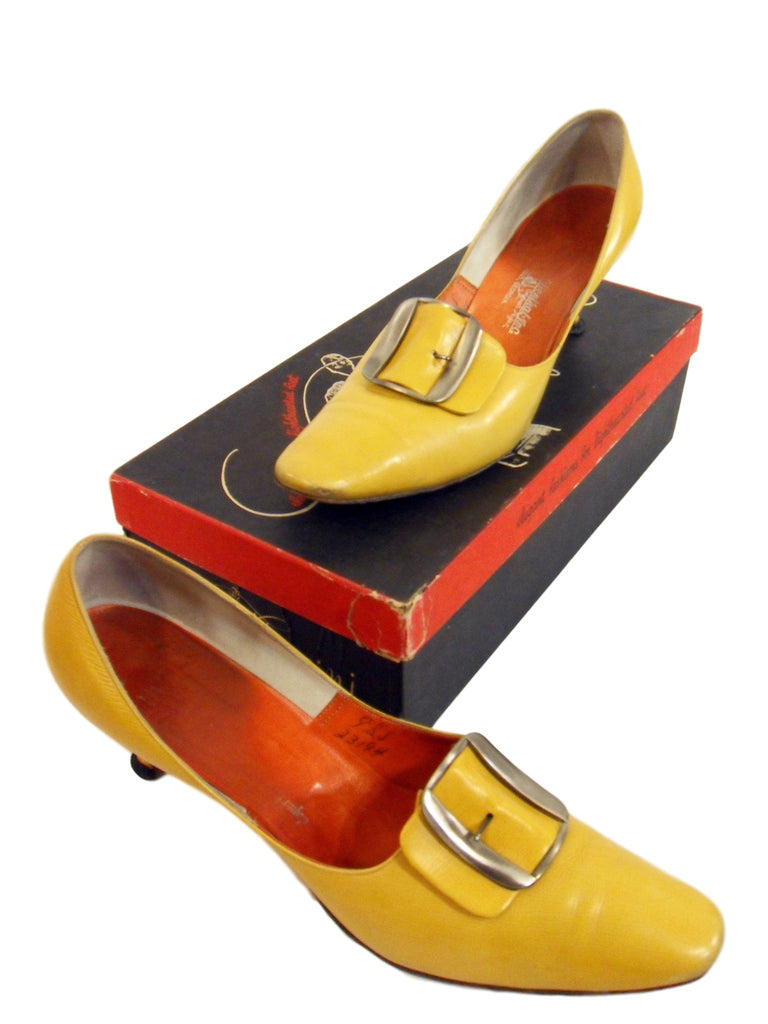 50s Yellow Shoes
