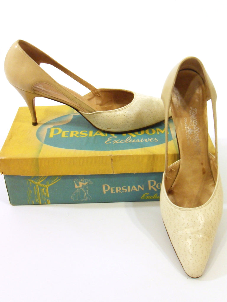 50s Bone Leather Stiletto Shoes by Caprini - overview
