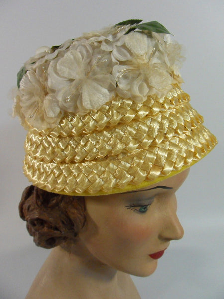 A Dianne Style cloche bucket straw hat at Better Dresses Vintage. right side