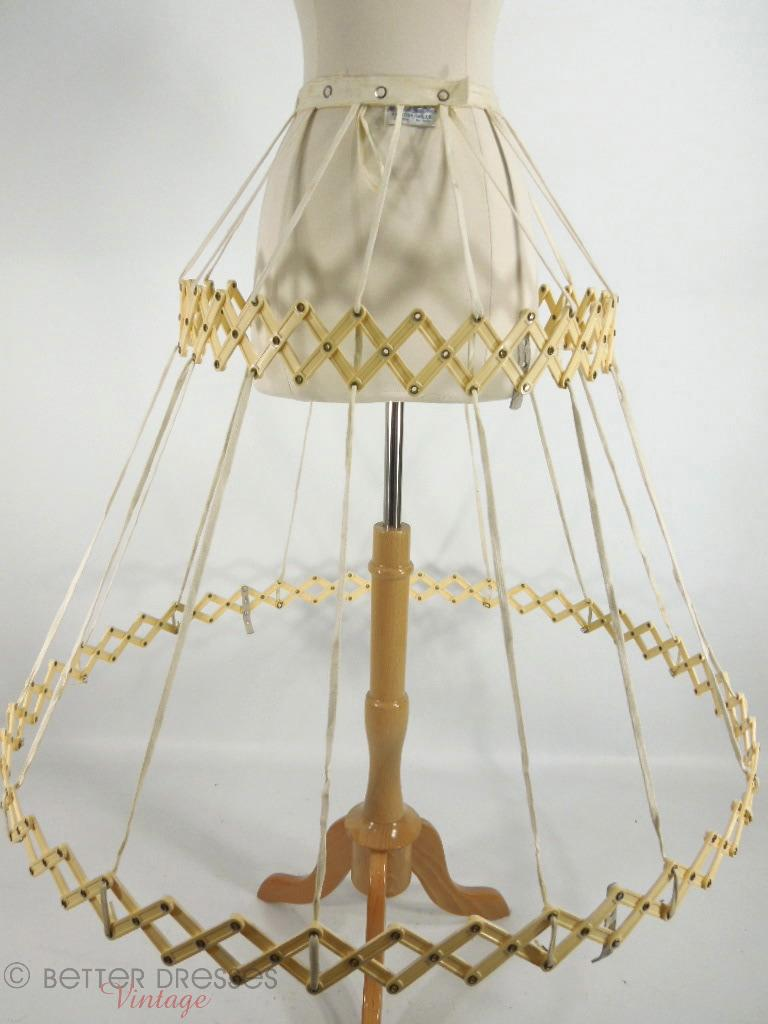 40s/50s Belle o'the Ball Collapsible Hoop Crinoline - sm, med