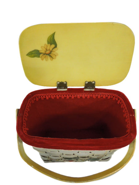 70s Basket Purse With Strawberries - open