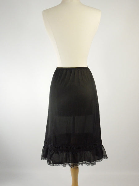 Sears Kerry-Teen 50s half-slip back view.