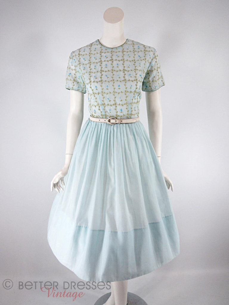 50s/60s Embroidered Light Blue Dress - with a belt