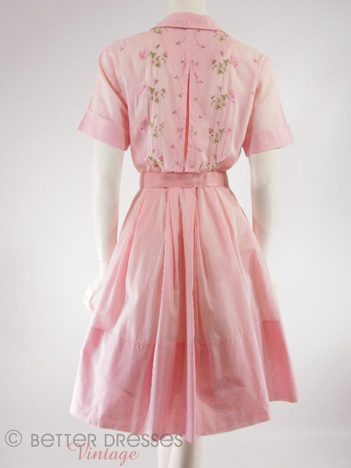 f96255bb778 Vtg 50s 60s Embroidered Pink Cotton Full Skirt Shirtwaist Day Dress ...