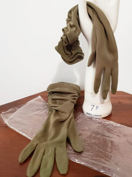 mid-century ruched olive green  gloves