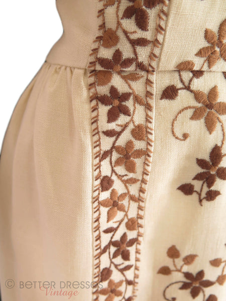 60s Sheath Dress - embroidery detail