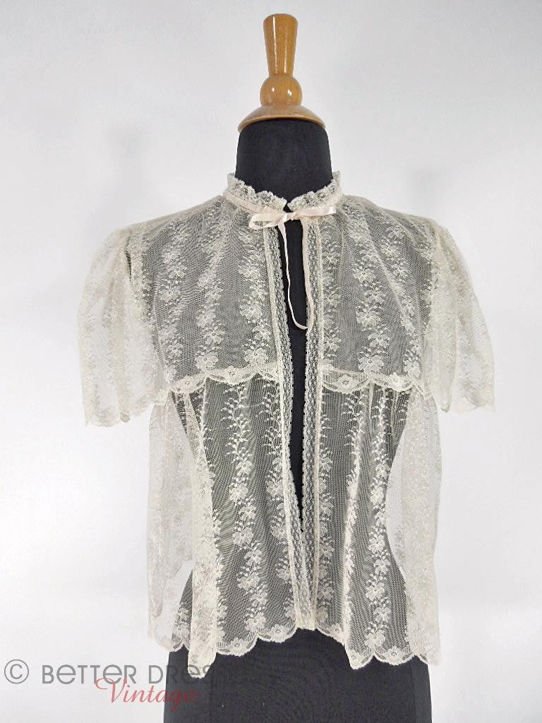 70s Cream Chantilly Lace Bed Jacket - med