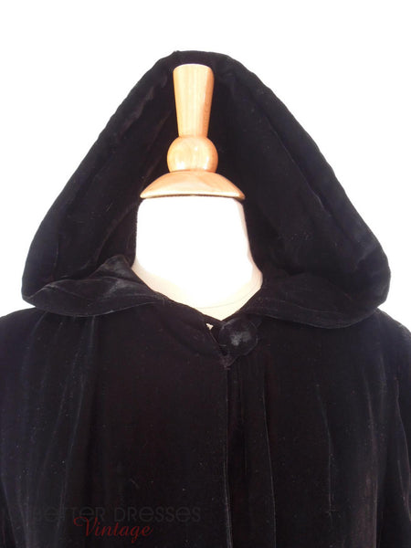 40s Hooded Velvet Opera Jacket - hood up, close view