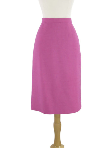 Vintage pencil skirt in Fuchsia