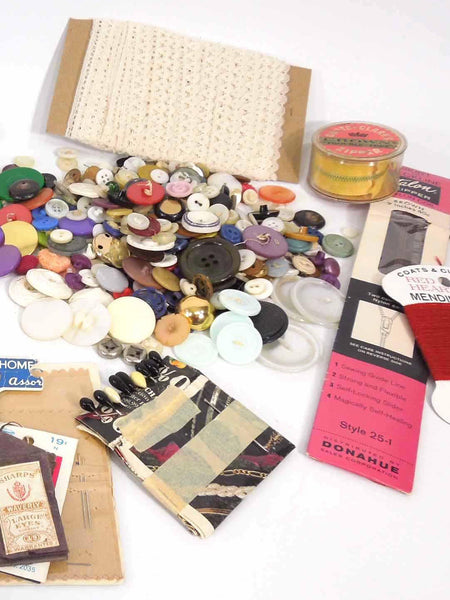 Sewing Lot - buttons, etc.
