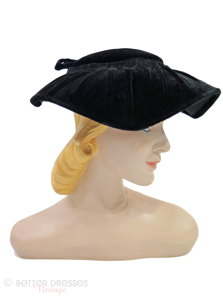 40s/50s New Look Hat in Black Velvet