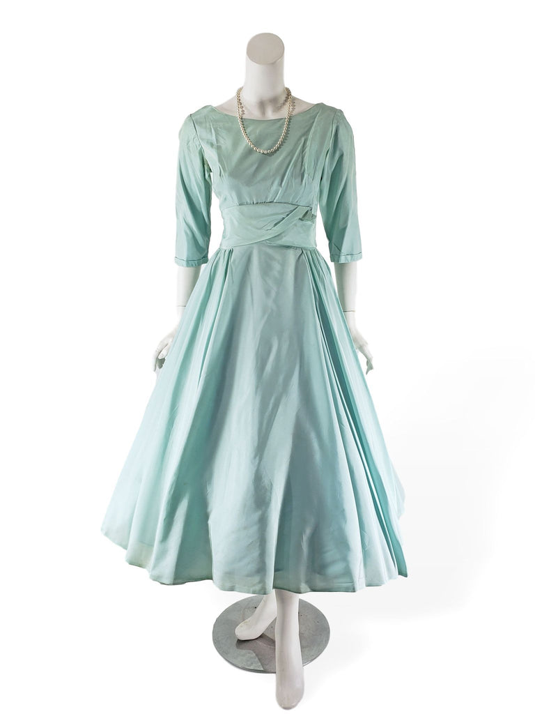 50s Full Skirt Nipped Waist Party Dress - shown with crinoline