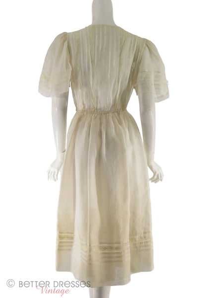 back view of 30s/40s cream party dress