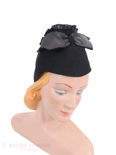 1930s Tall Felt Pixie Hat in Black
