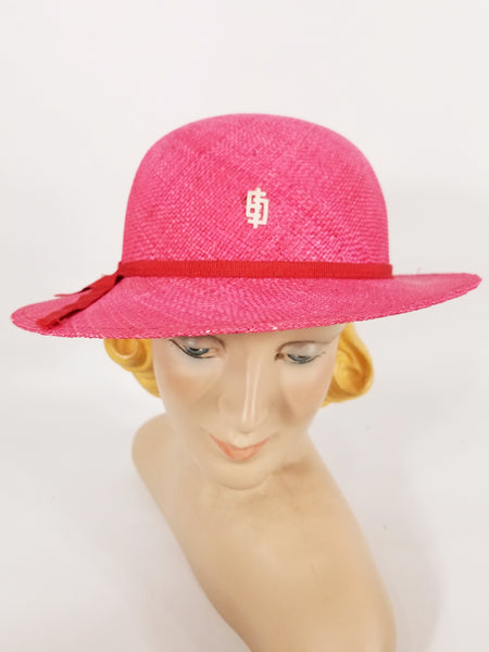 Vintage Pucci straw hat in fuchsia