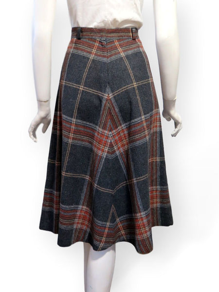 70s A-line plaid skirt back view